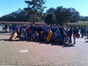 El Grupo en la entrada al Parque de Iguazú.